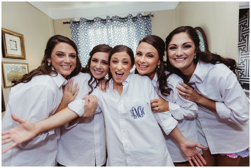 urban-row-photography-monogrammed-bridesmaids_0008