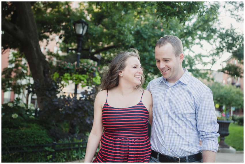 urban-row-photography-mt-vernon-engagement_0010